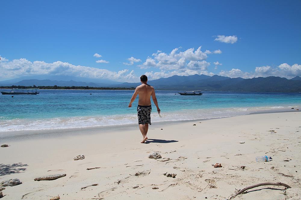 работа и отдых на острове Бали